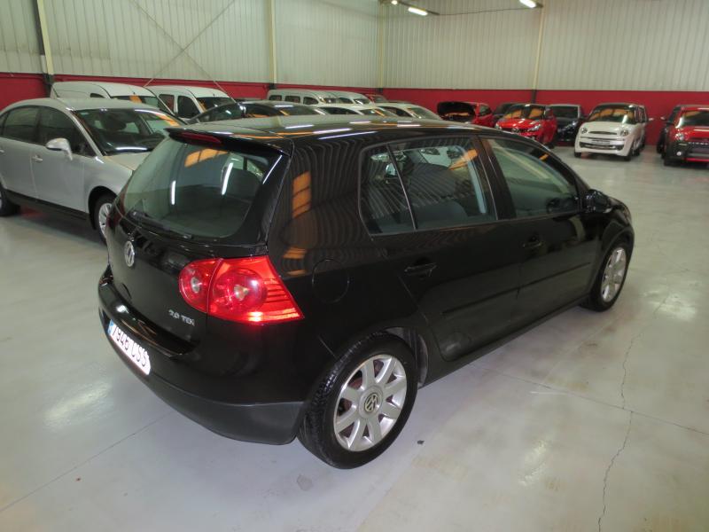 VW GOLF 2.0 Tdi 140 CV (NEGRO) - Foto 2