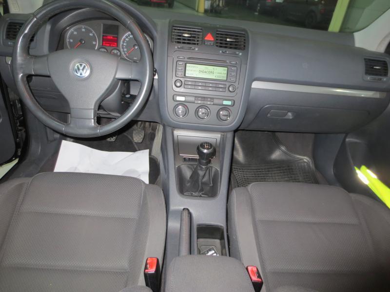 VW GOLF 2.0 Tdi 140 CV (NEGRO) - Foto 6