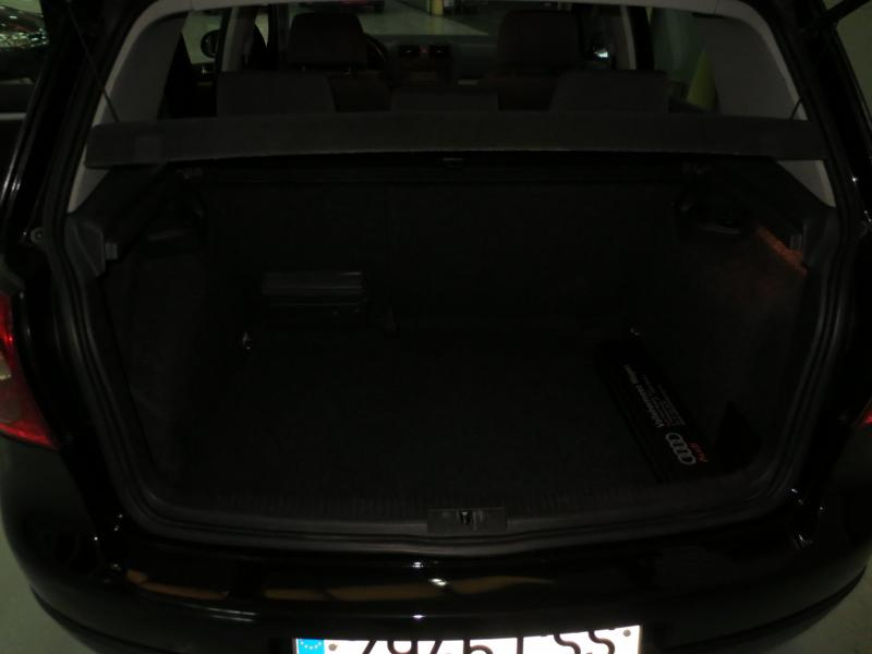 VW GOLF 2.0 Tdi 140 CV (NEGRO) - Foto 7